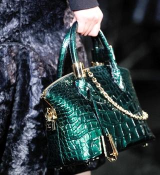 Louis Vuitton Fall 2011 RTW | Paris Fashion Week