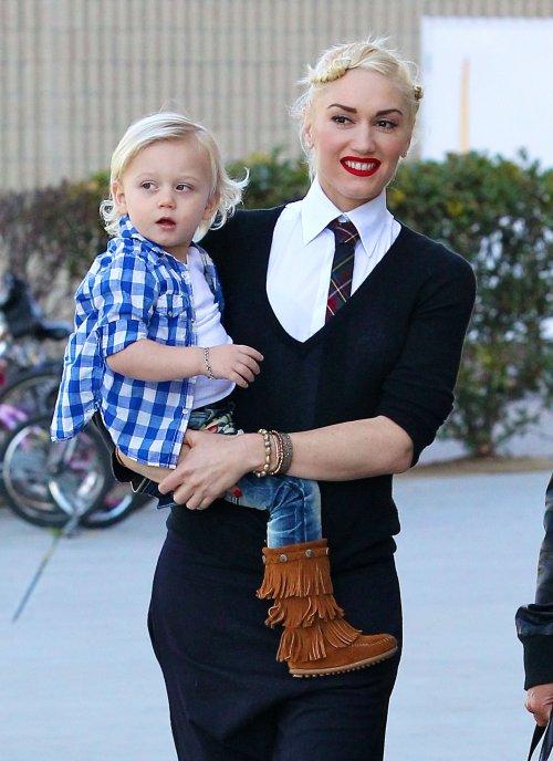 Gwen Stefani - zuma Rossdale in Minnetonka Moccasins