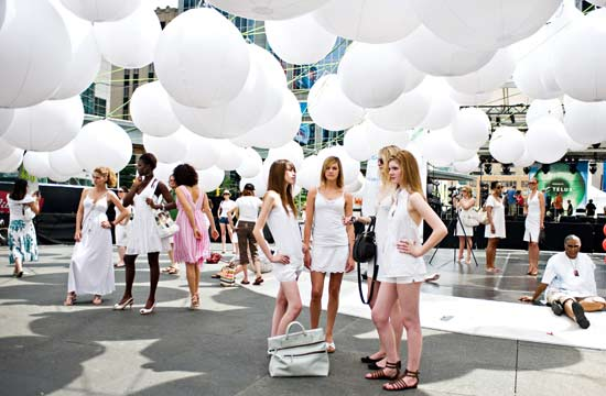 FASHION FLASH MOB - CELEBRATING CAPE TOWN FASHION