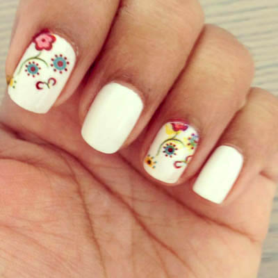 Sweet Floral Printed Nails | WIN Manicure & Nail Printing