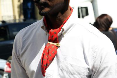 Street Style | Men tied for pleasure