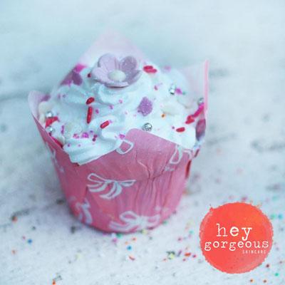 Hey Gorgeous Cupcake bath bombs