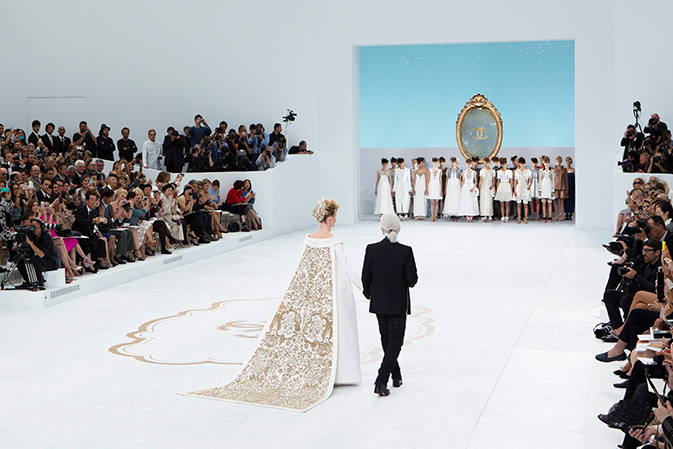 chanel-fall-winter-2014-15-haute-couture-finale