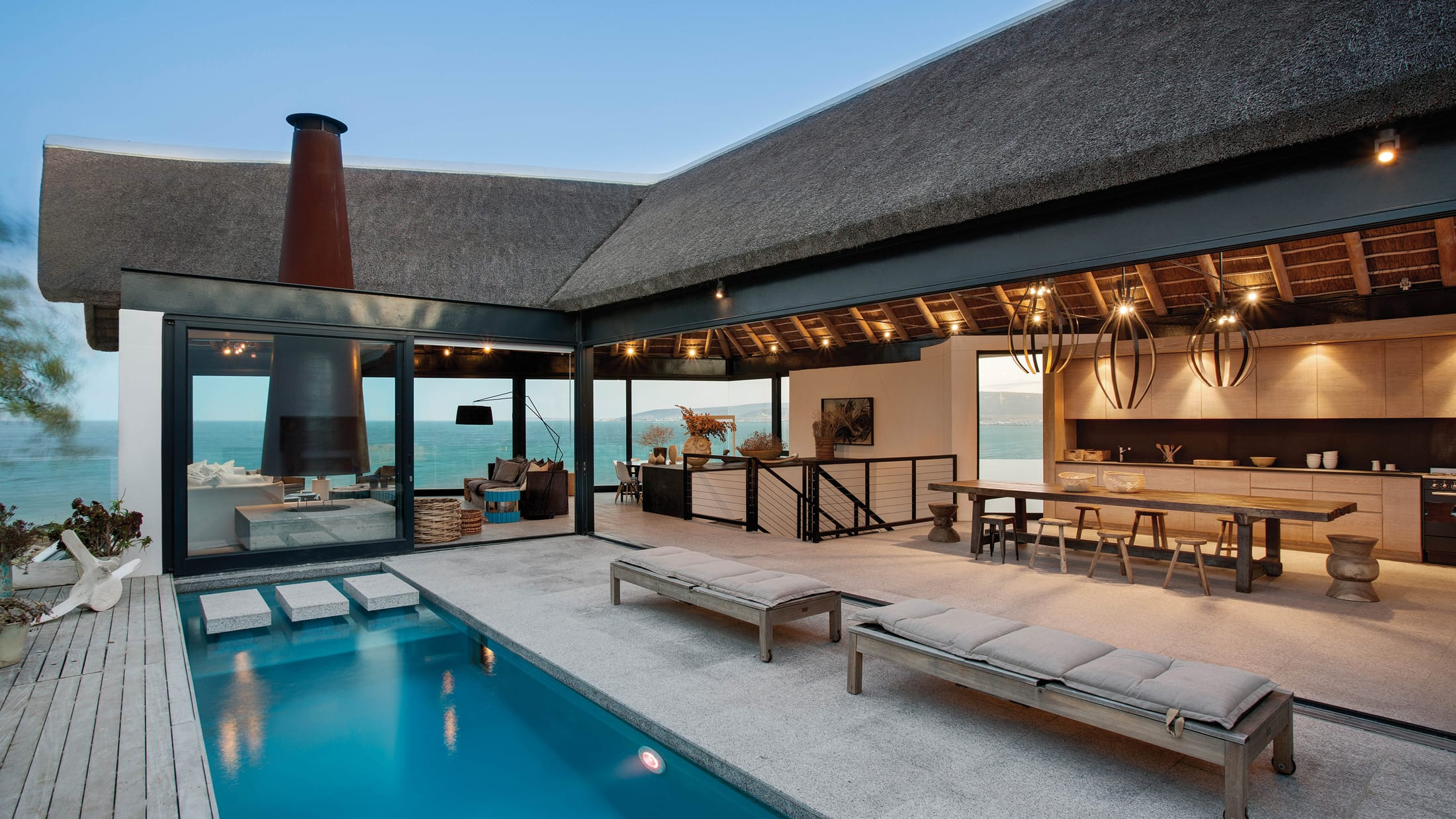 Silver Bay Villa | Sophisticated beach holiday accommodation in Shelley Point South Africa